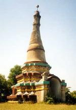 Буддистская ступа в Коксес Базаре