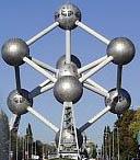 Атомиум в пригороде Брюсселя