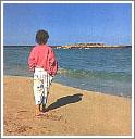 Побережье моря у Протараса усеяно песчаными пляжами