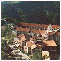 Один из самых известных монастырей на Кипре - Киккос