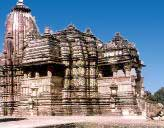 Храм в Кхаджурахо.