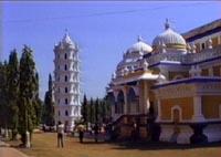 Увеличить: индуистский храм в Гоа